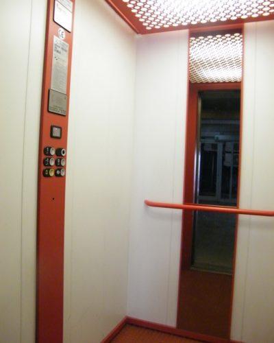 ascensor 01